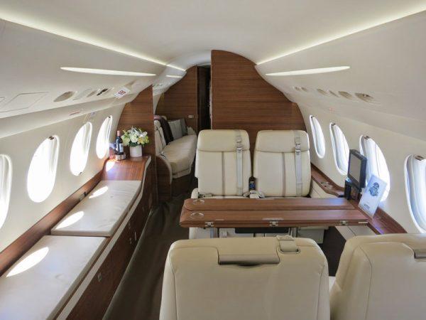 Large jet 4