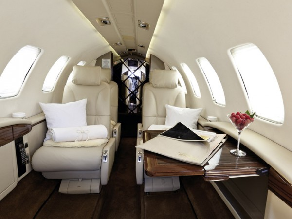 Small private jet for charter 4
