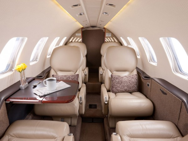 Small private jet for charter 6