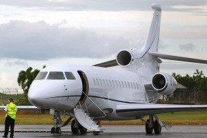 Kosten huren van een vliegtuig Falcon 900